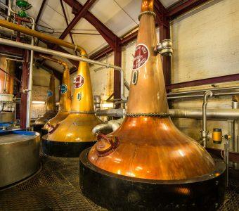 -old-bushmills-distillery